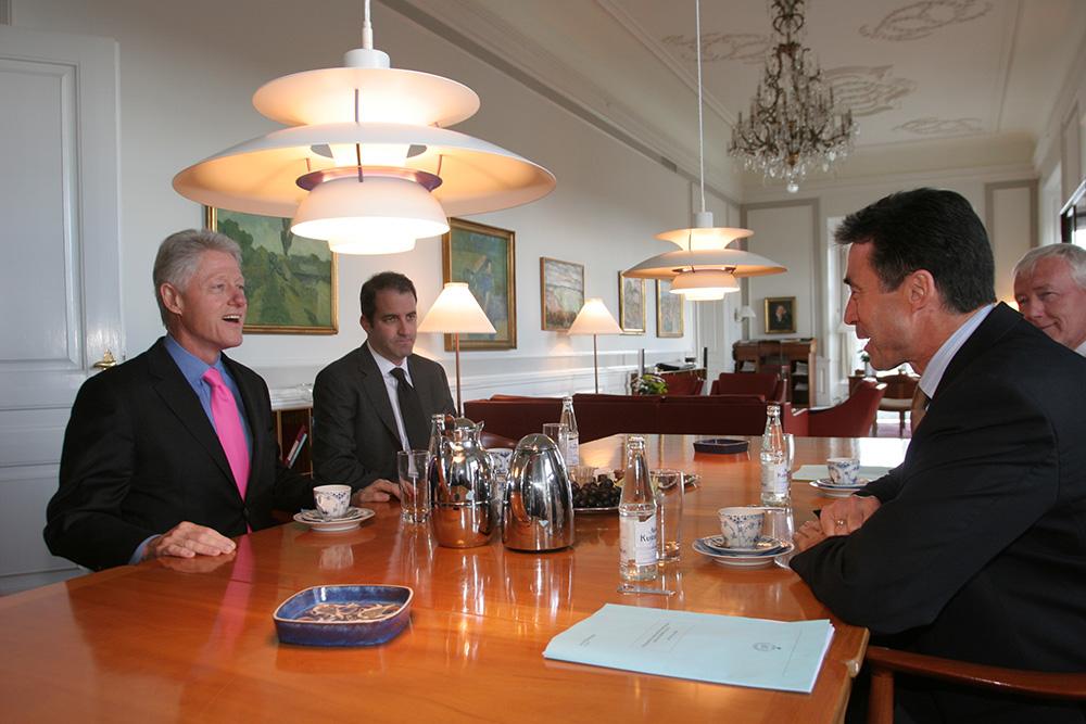 Bill-Clinton-&-Anders-Fogh-Rasmussen-(4)