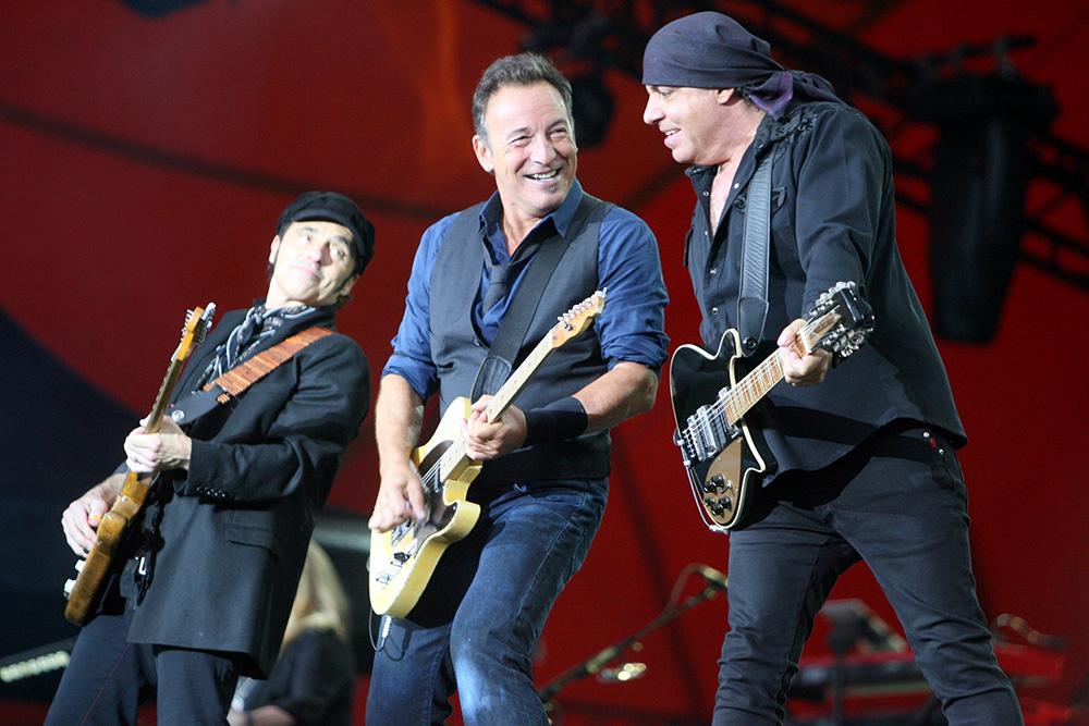 Bruce-Springsteen-2012-(54)