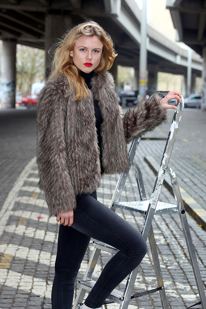 Modeler--(5)