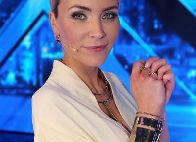 Eva-Harlou-CV-foto
